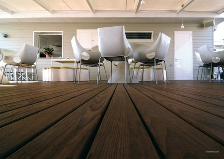 Podele terasa (decking), frasin thermo, neted, 1500-2800x82x21mm 6
